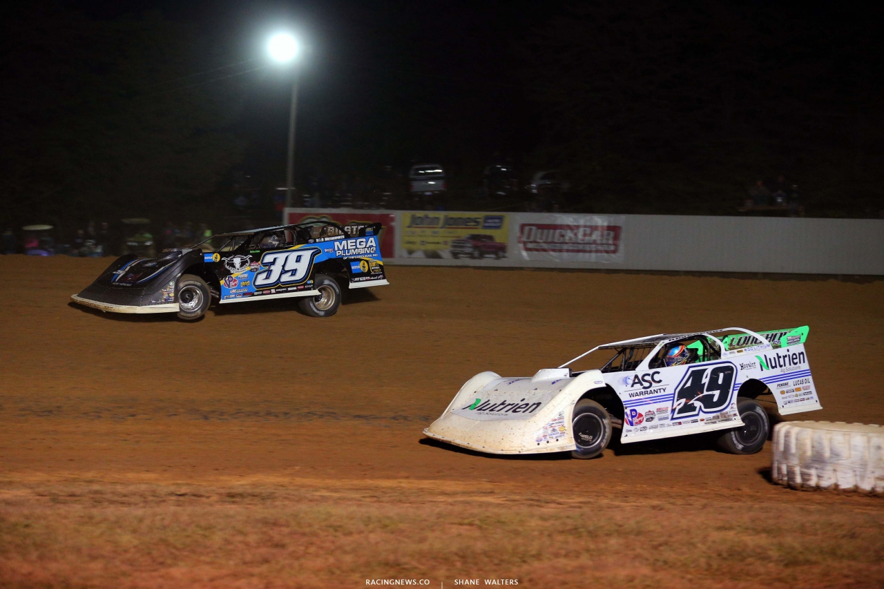 Tim McCreadie and Jonathan Davenport - Brownstown Speedway - Lucas Oil Late Model Dirt Series 4431