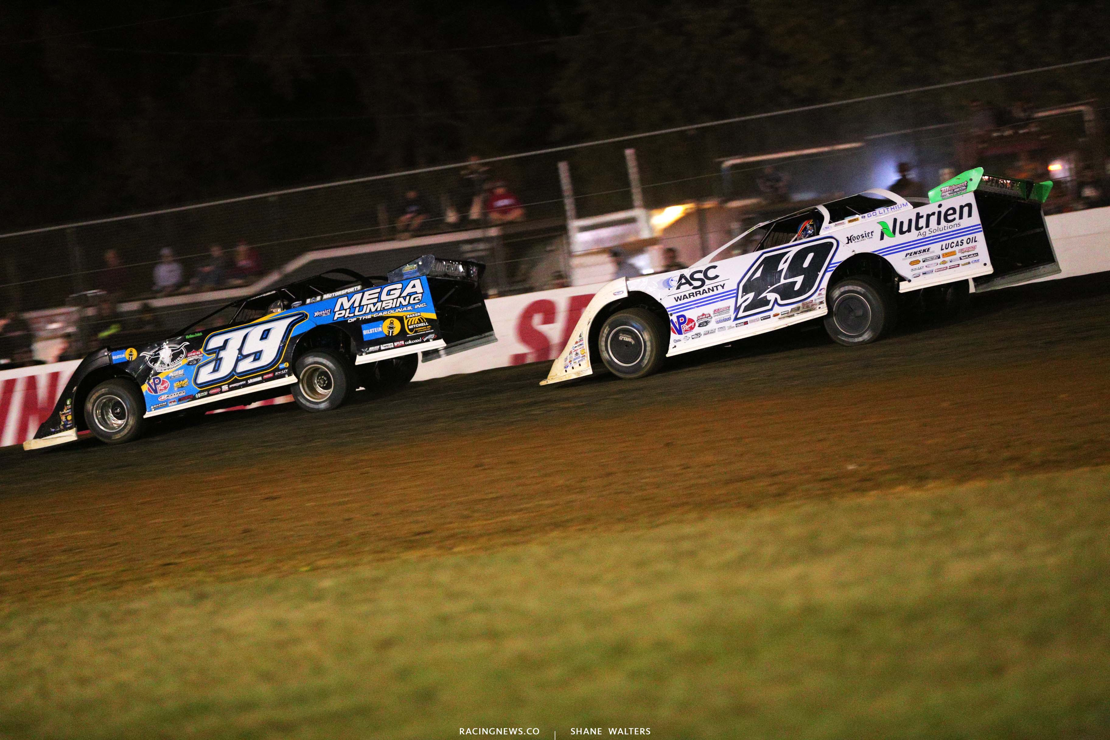 Tim McCreadie and Jonathan Davenport - Dirt Track Racing - Brownstown Speedway - Lucas Series 4563