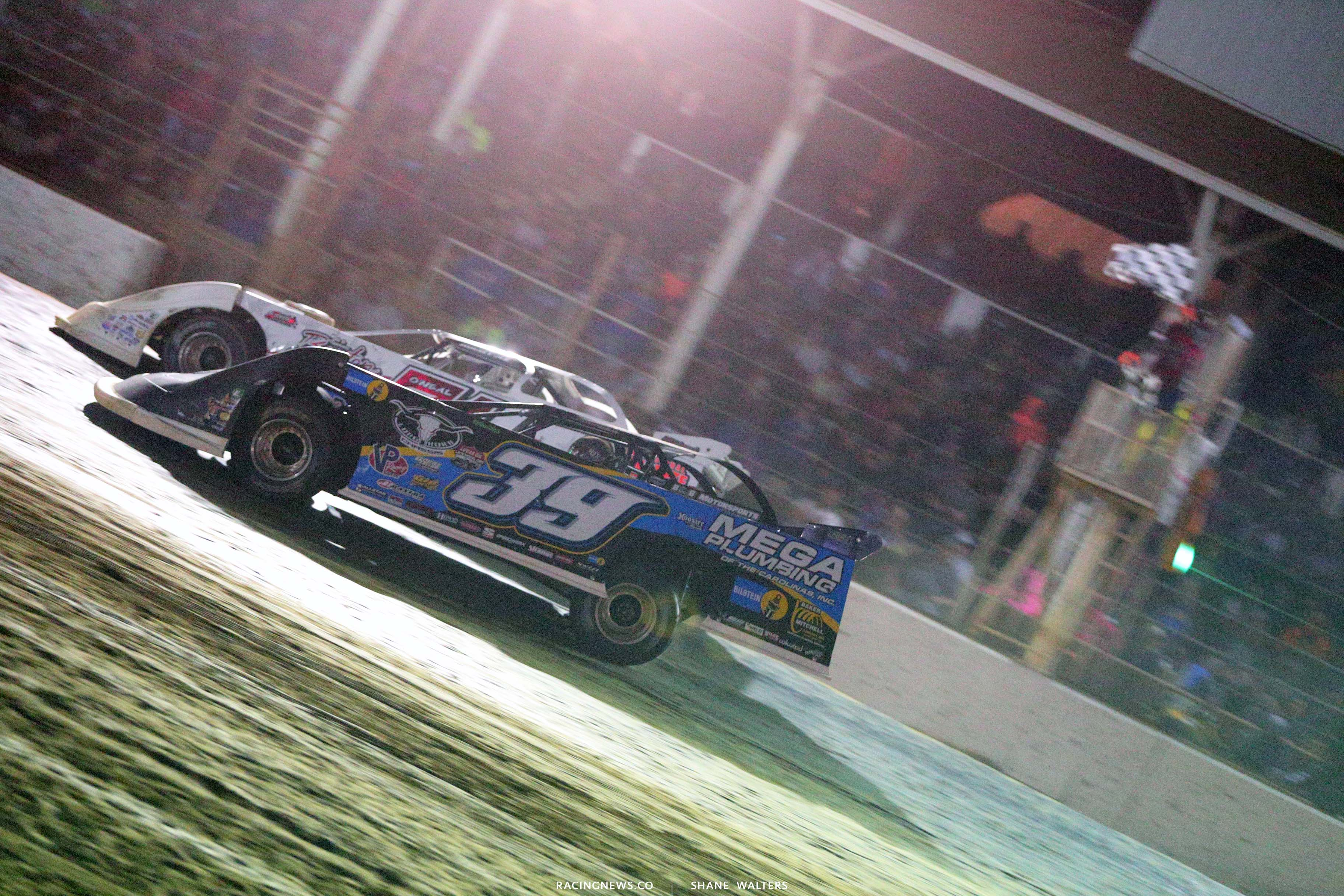 Tim McCreadie wins at Brownstown Speedway - LOLMDS 4669