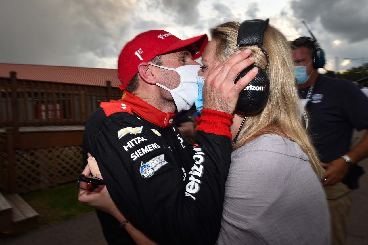 Will Power kisses his wife in mask at Mid-Ohio - Indycar