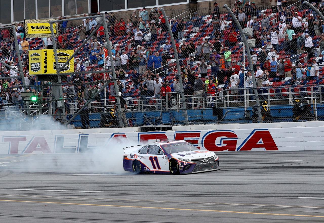 Denny Hamlin wins at Talladega Superspeedway - NASCAR Cup Series