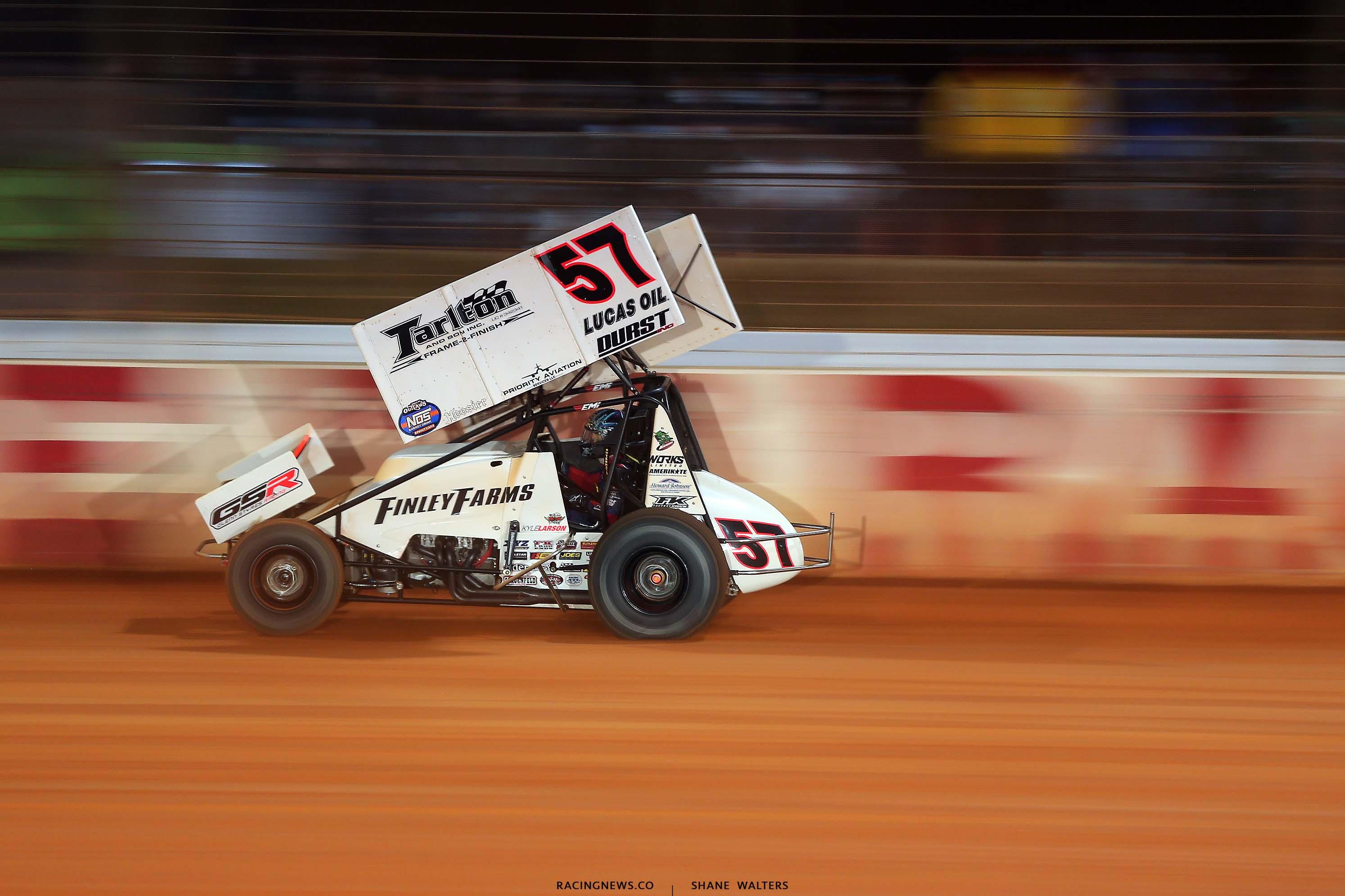 Kyle Larson - Dirt Track at Charlotte - Dirt Sprint Car Racing 6795