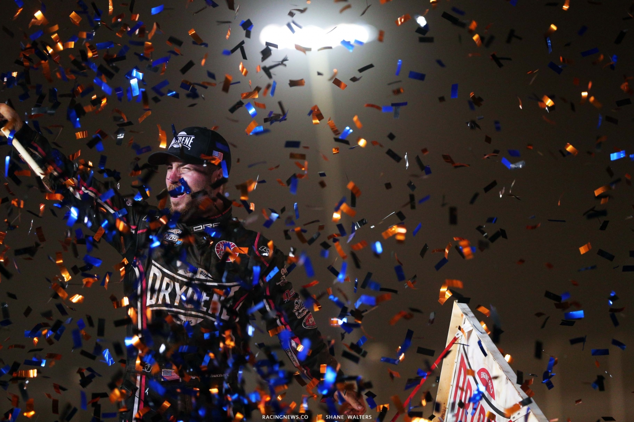 Logan Schuchart in victory lane on The Dirt Track at Charlotte - World of Outlaws Sprint Cars 7029