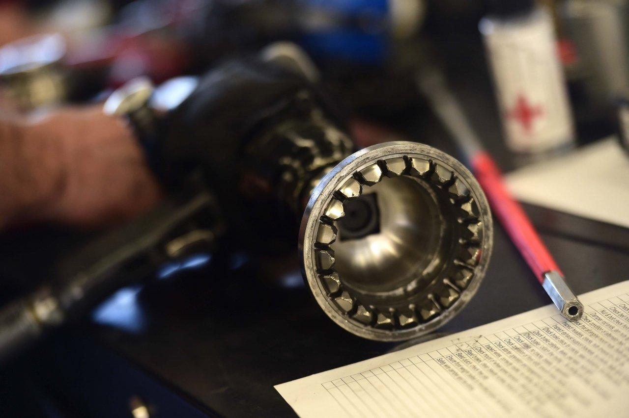 Single lug nut air wrench - NASCAR Next Gen
