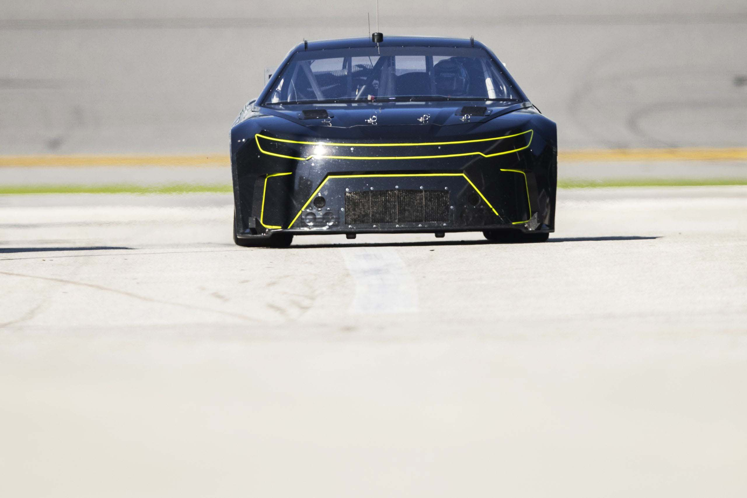 Front nose of NASCAR Next Gen car - Ground clearance