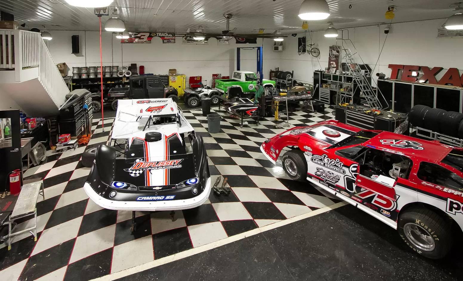 dirt late model garage