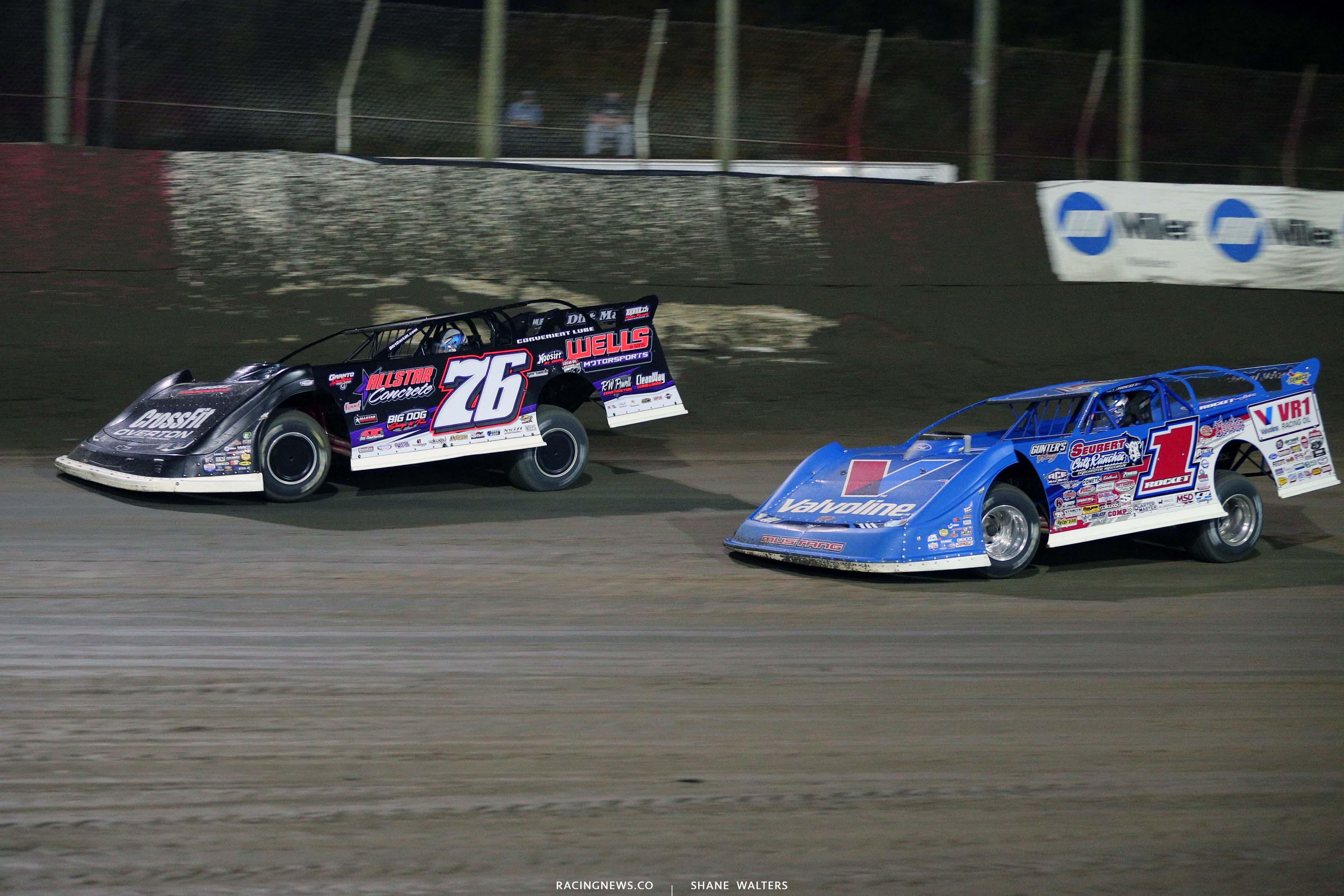 Brandon Overton and Brandon Sheppard at East Bay Raceway Park - Lucas Oil Late Models l7890