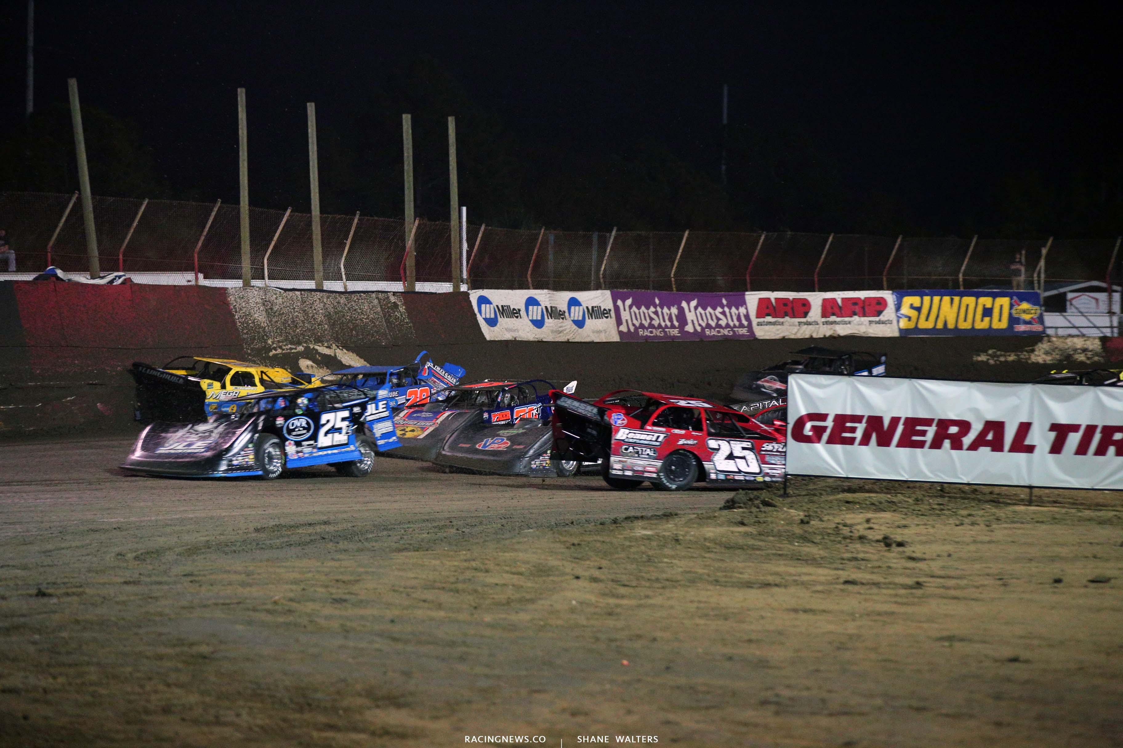 Crash at East Bay Raceway Park 7783