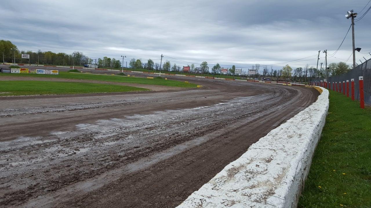Dirt Track - Utica-Rome Speedway
