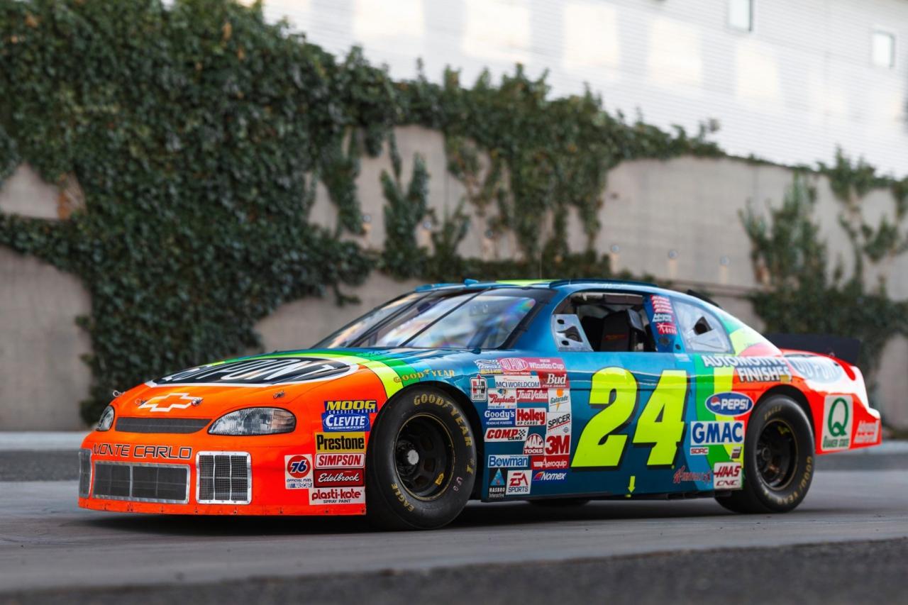 Jeff Gordon - 1996 race car - NASCAR