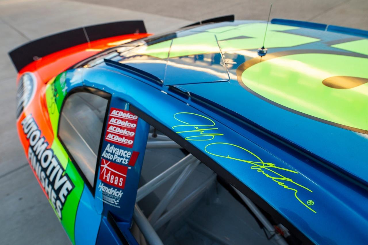 Jeff Gordon signature - NASCAR door