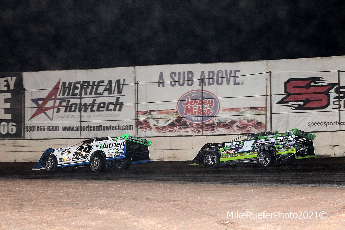 Jonathan Davenport and Tyler Erb - Wild West Shootout - Arizona Speedway