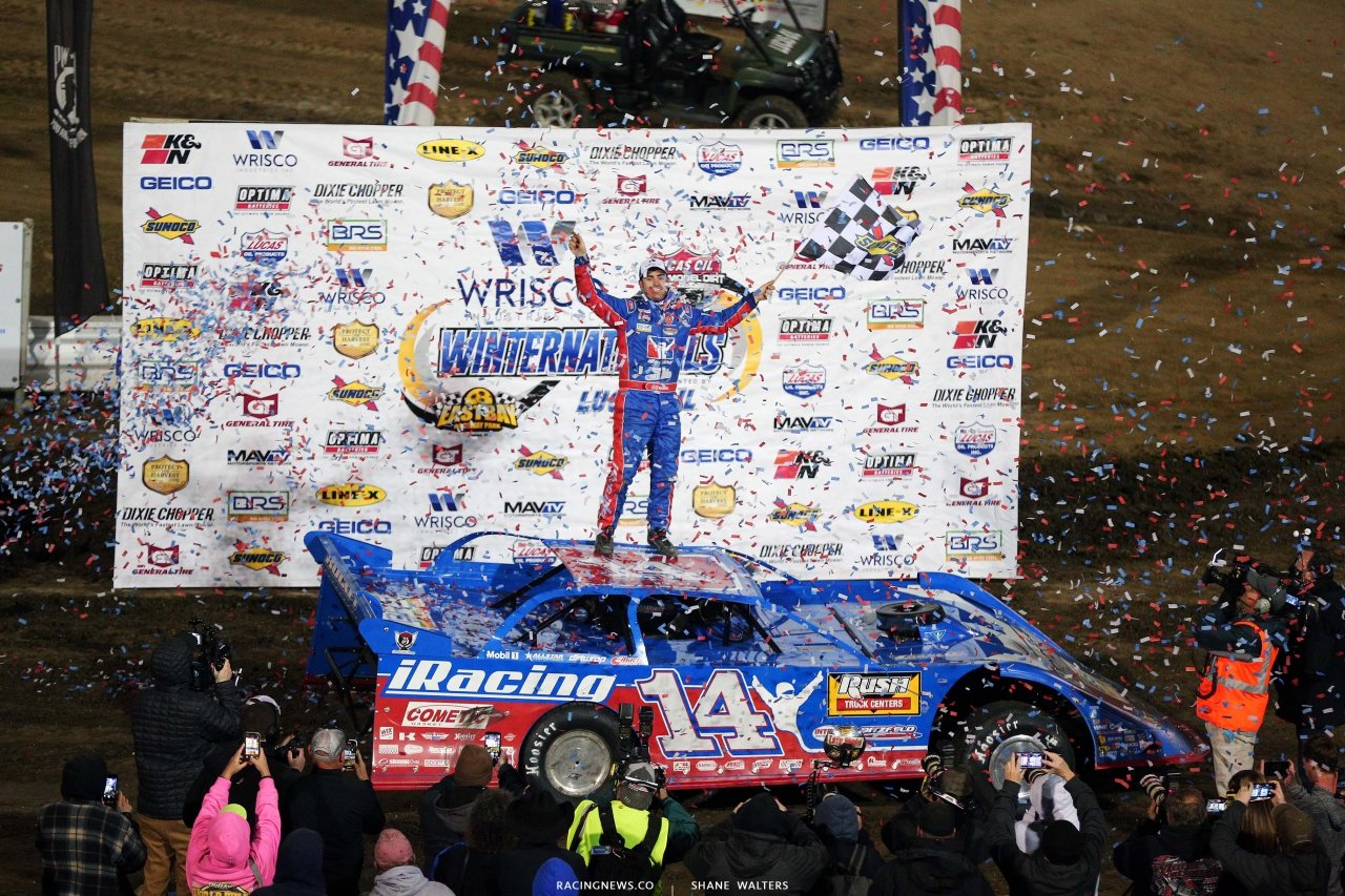 Josh Richards in victory lane at East Bay Raceway Park - Lucas Oil Late Model Dirt Series 8412