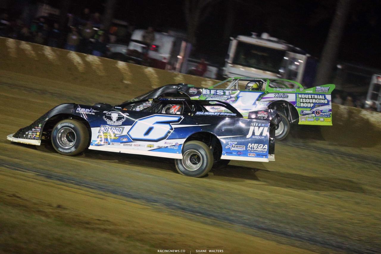 Kyle Larson and Tyler Erb at All-Tech Raceway - Lucas Dirt Series 7142