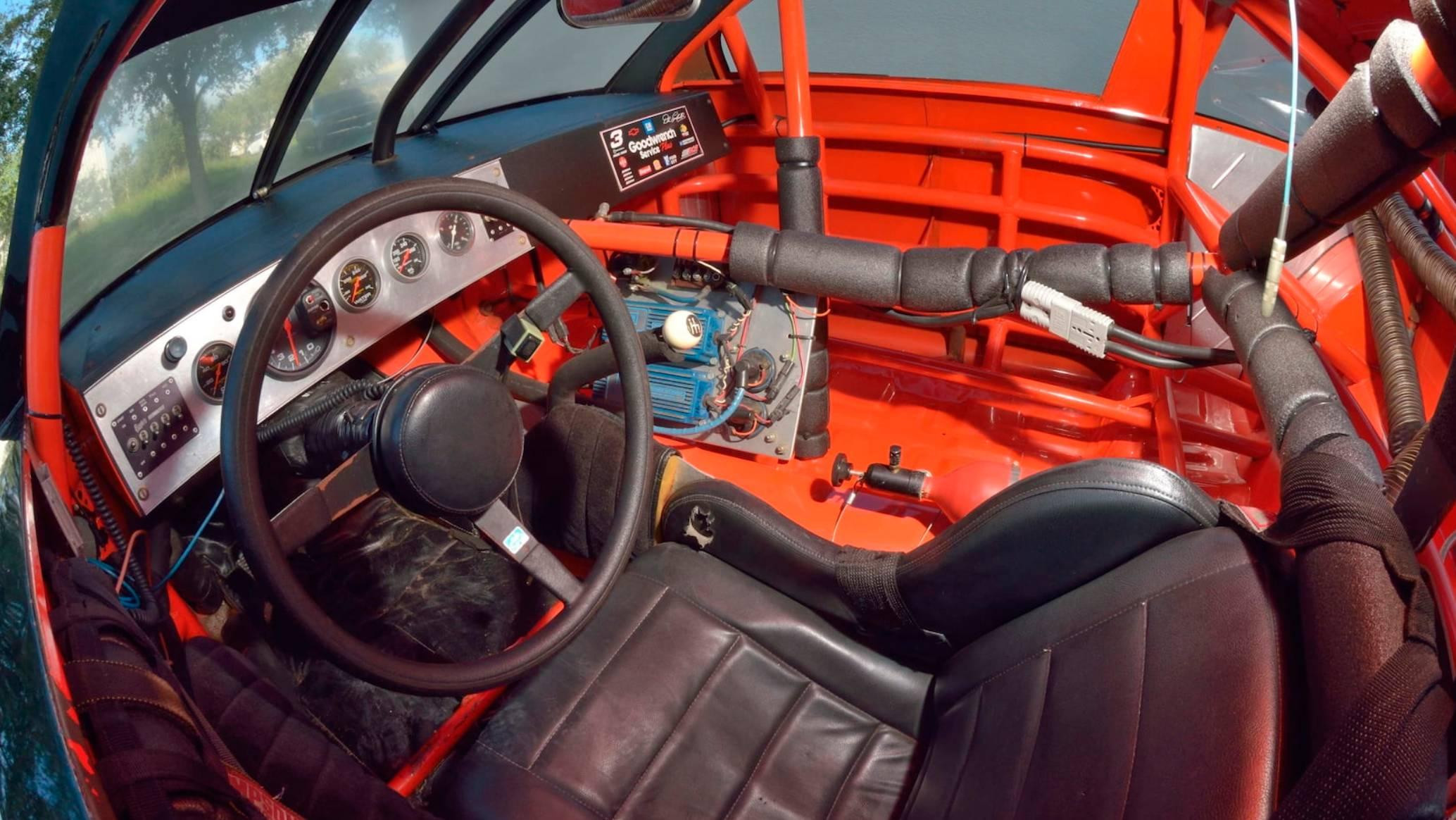 NASCAR steering wheel - 1991