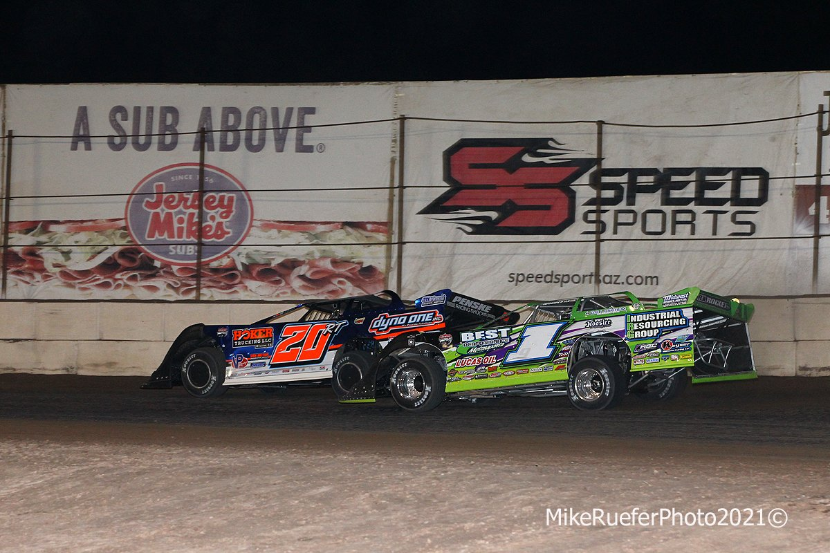 Ricky Thornton Jr and Tyler Erb - Wild West Shootout