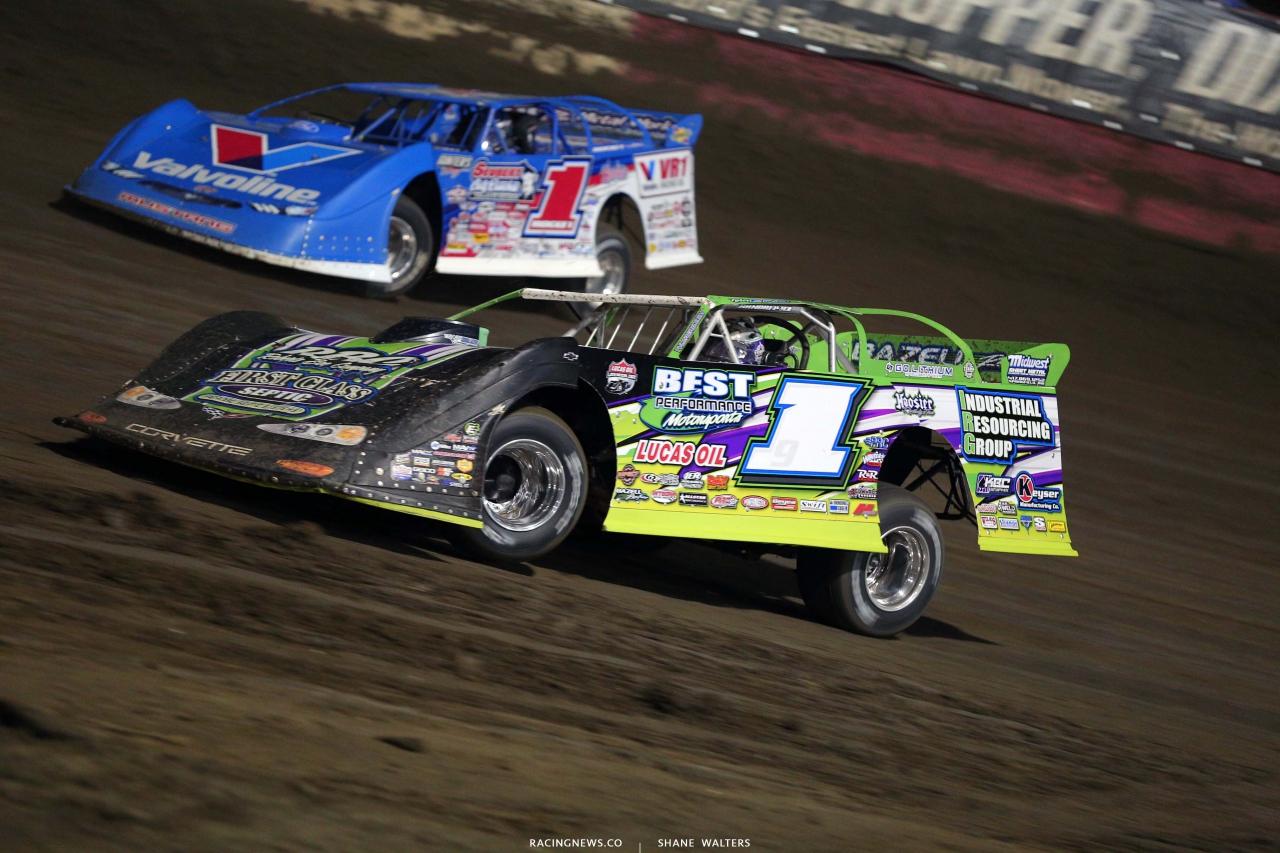 Tyler Erb and Brandon Sheppard at Easy Bay Raceway Park - Dirt Late Model Racing 8861