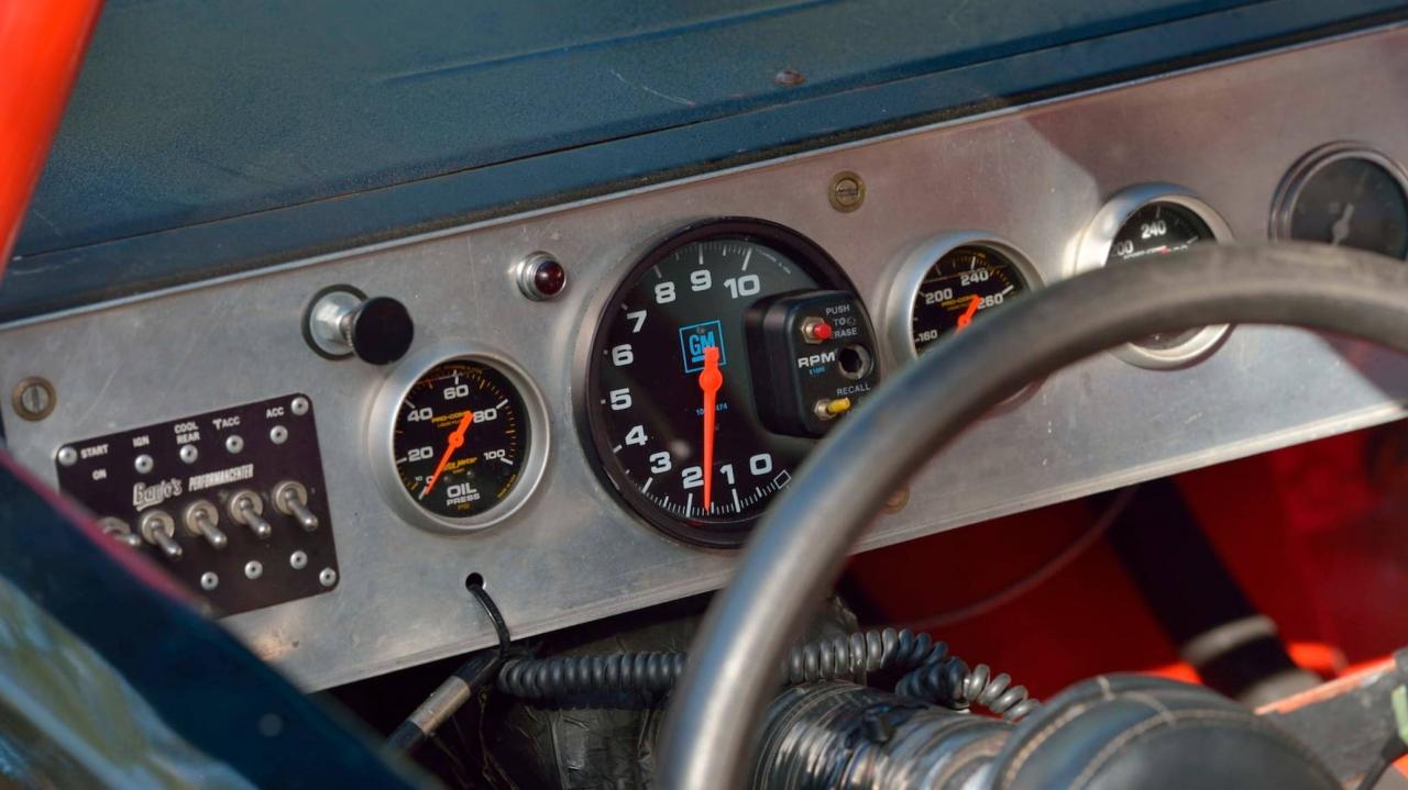 racing gauges - 1991 NASCAR race car