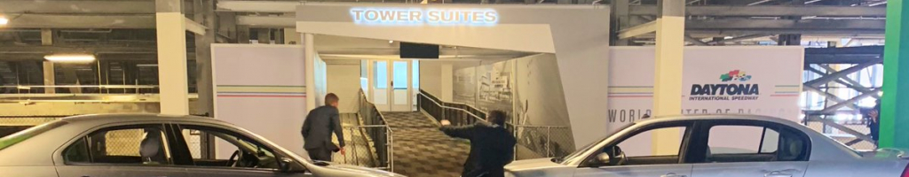 Jeff Gordon vs Clint Bowyer in Rental Cars (Video)