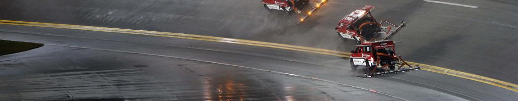 NASCAR track dryer crashes at Daytona International Speedway (Video)