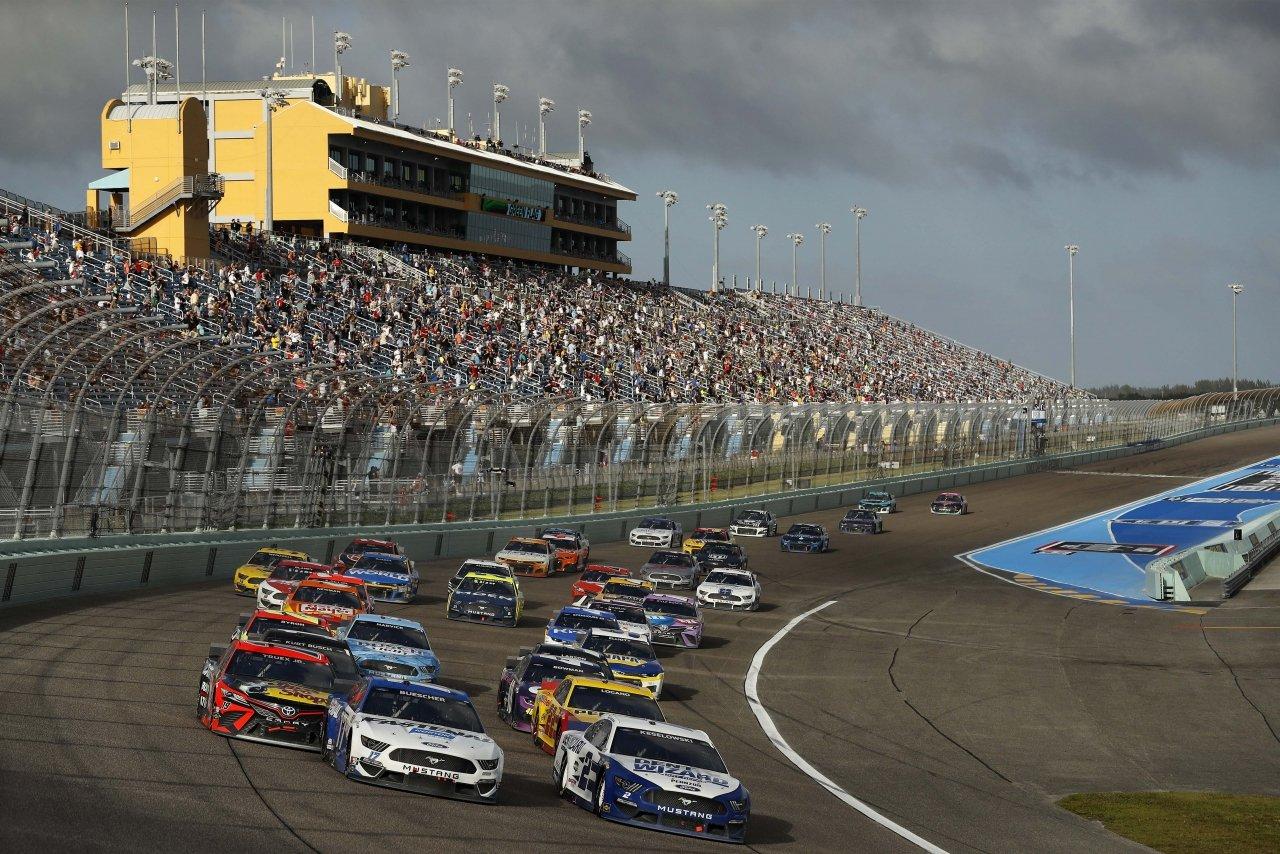 NASCAR Cup Series at Homestead-Miami Speedway - Brad Keselowski, Chris Buescher