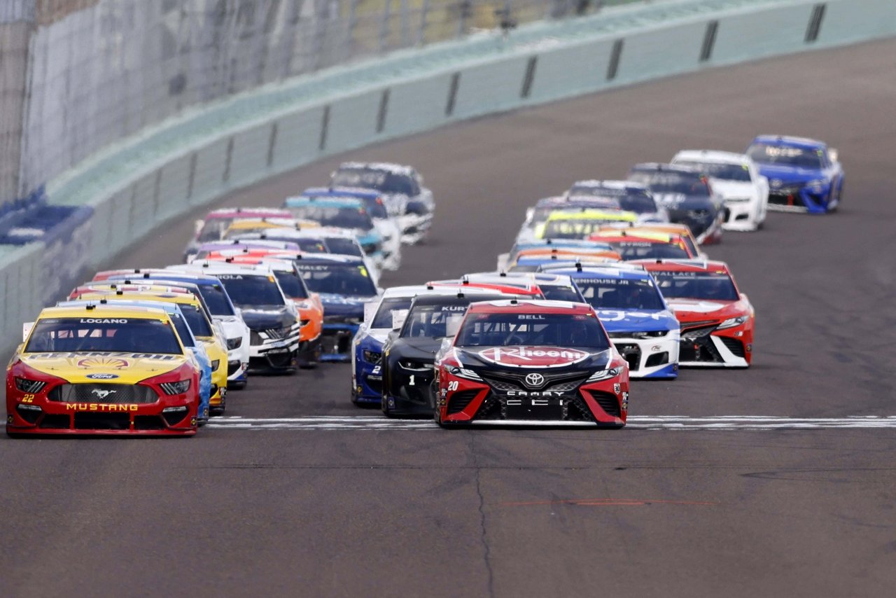 NASCAR Cup Series at Homestead-Miami Speedway - Christopher Bell, Joey Logano