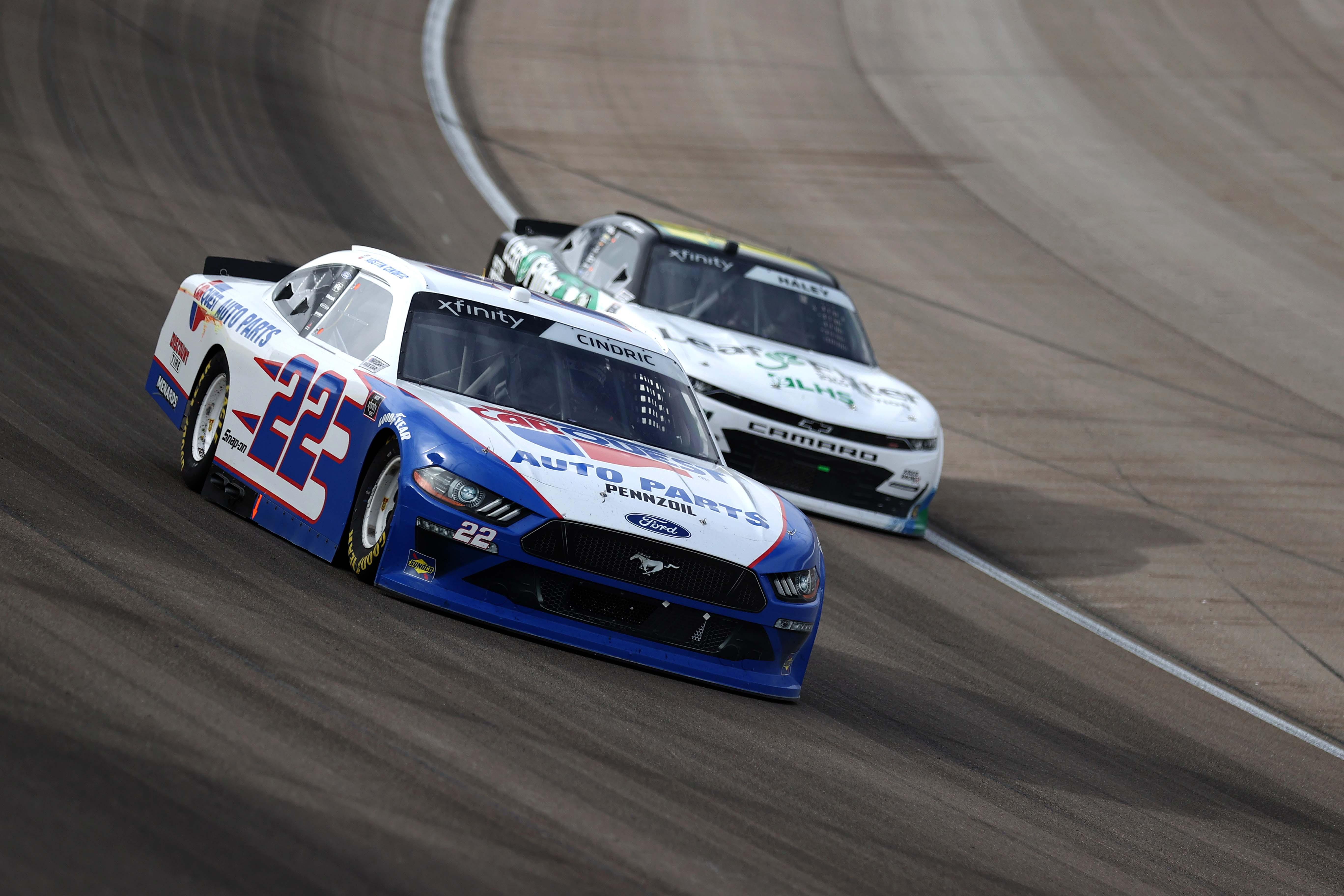 Austin Cindric at Las Vegas Motor Speedway - NASCAR Xfinity Series