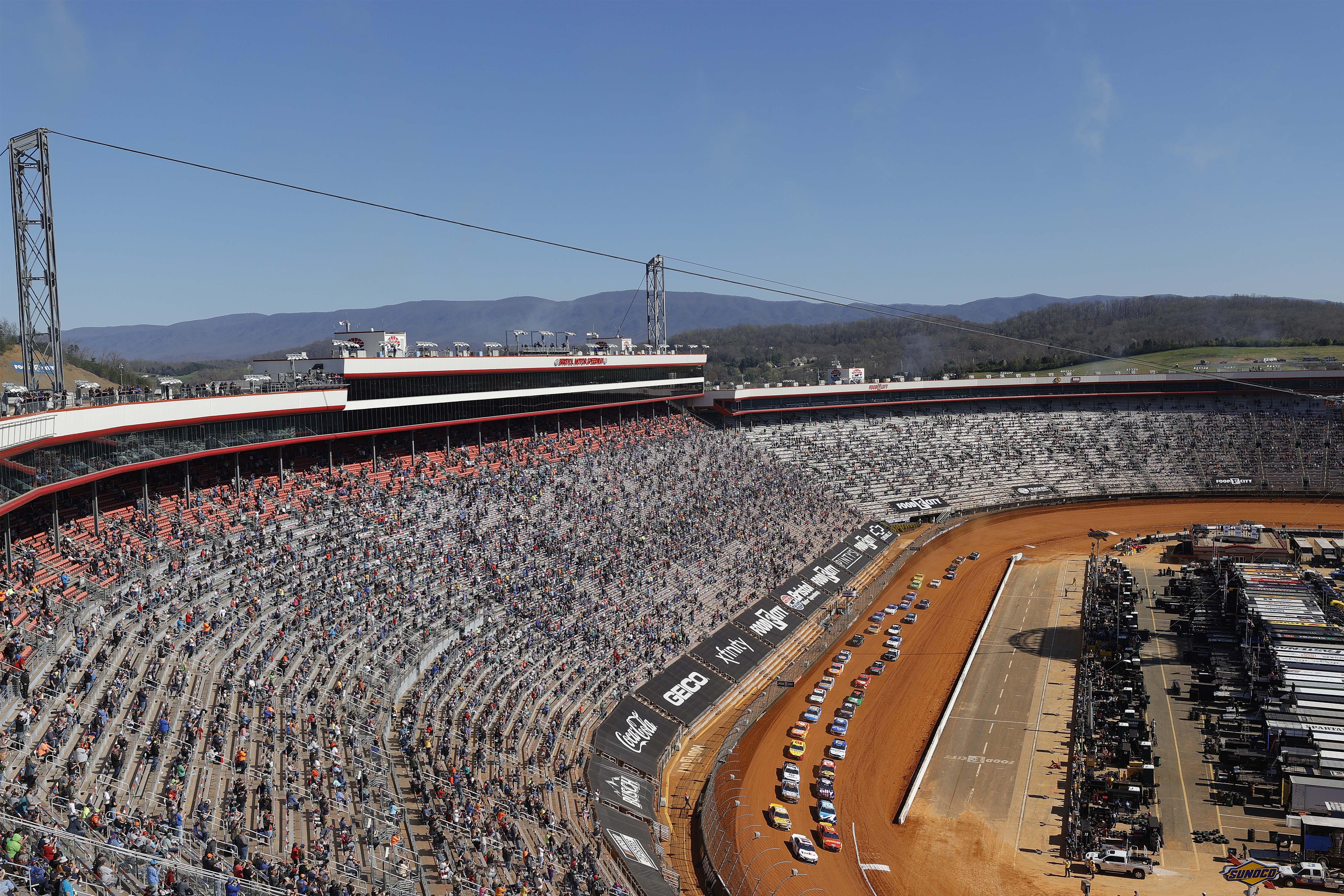Bristol Dirt Track - NASCAR Cup Series