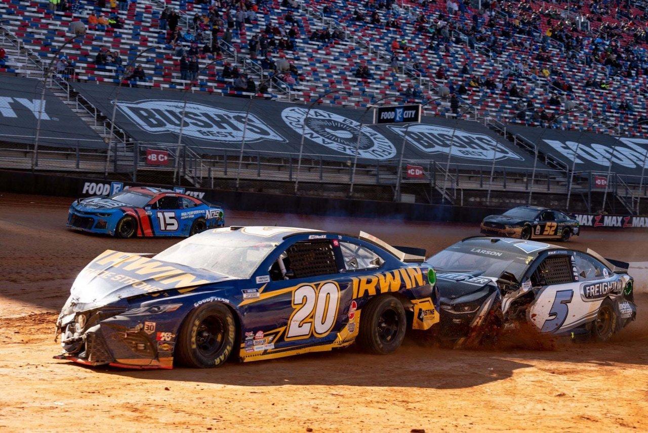 Christopher Bell, Kyle Larson crash - Bristol Dirt Track - NASCAR Cup Series