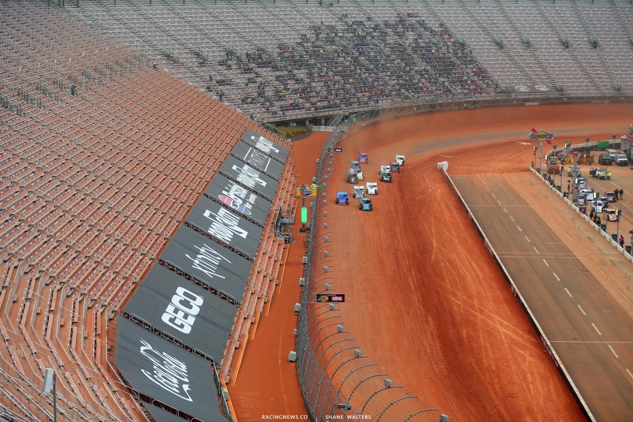 Dirt Modifieds - Bristol Motor Speedway Dirt Track