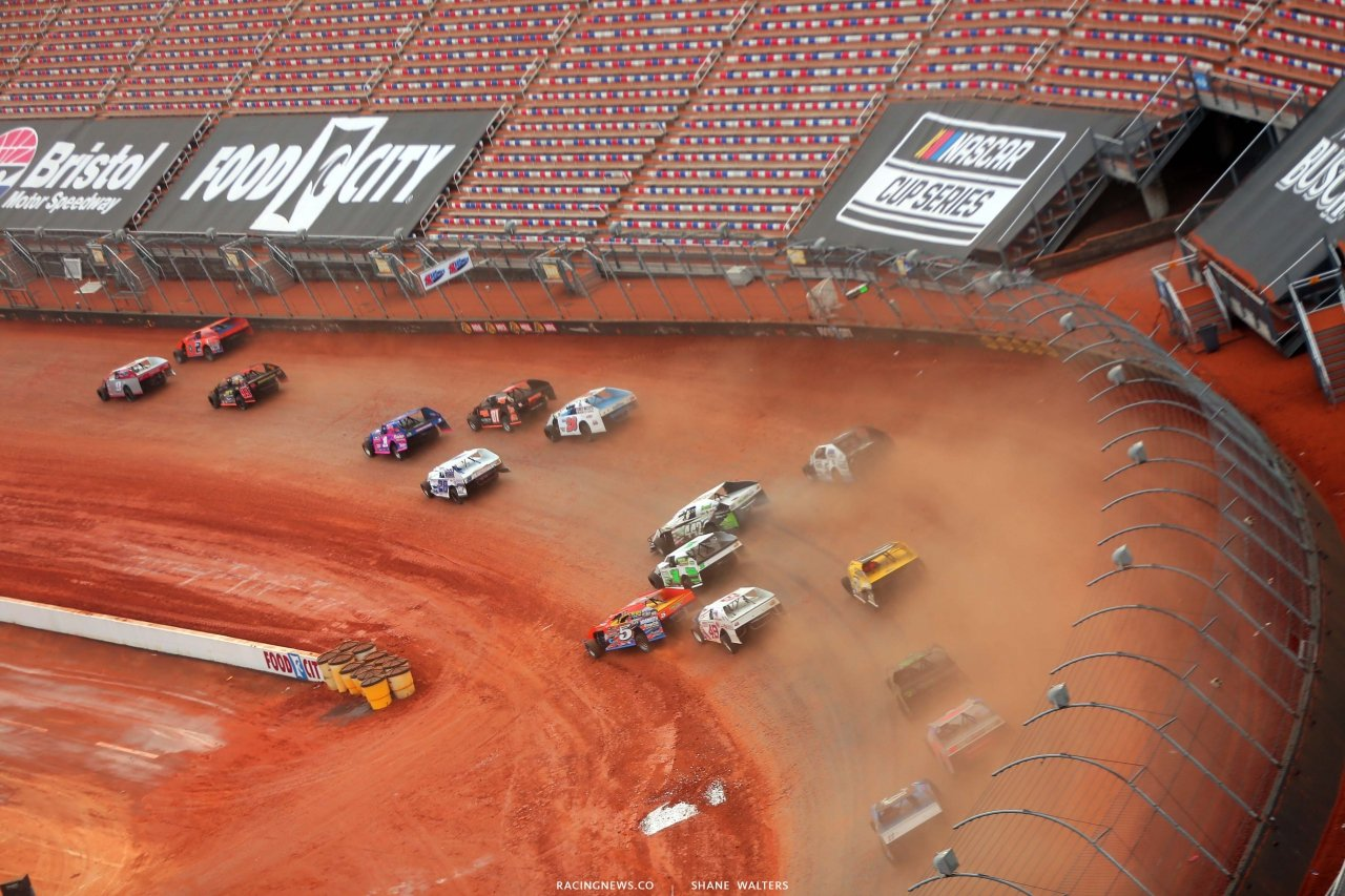Dirt Modifieds - Bristol Motor Speedway dirt track 1215