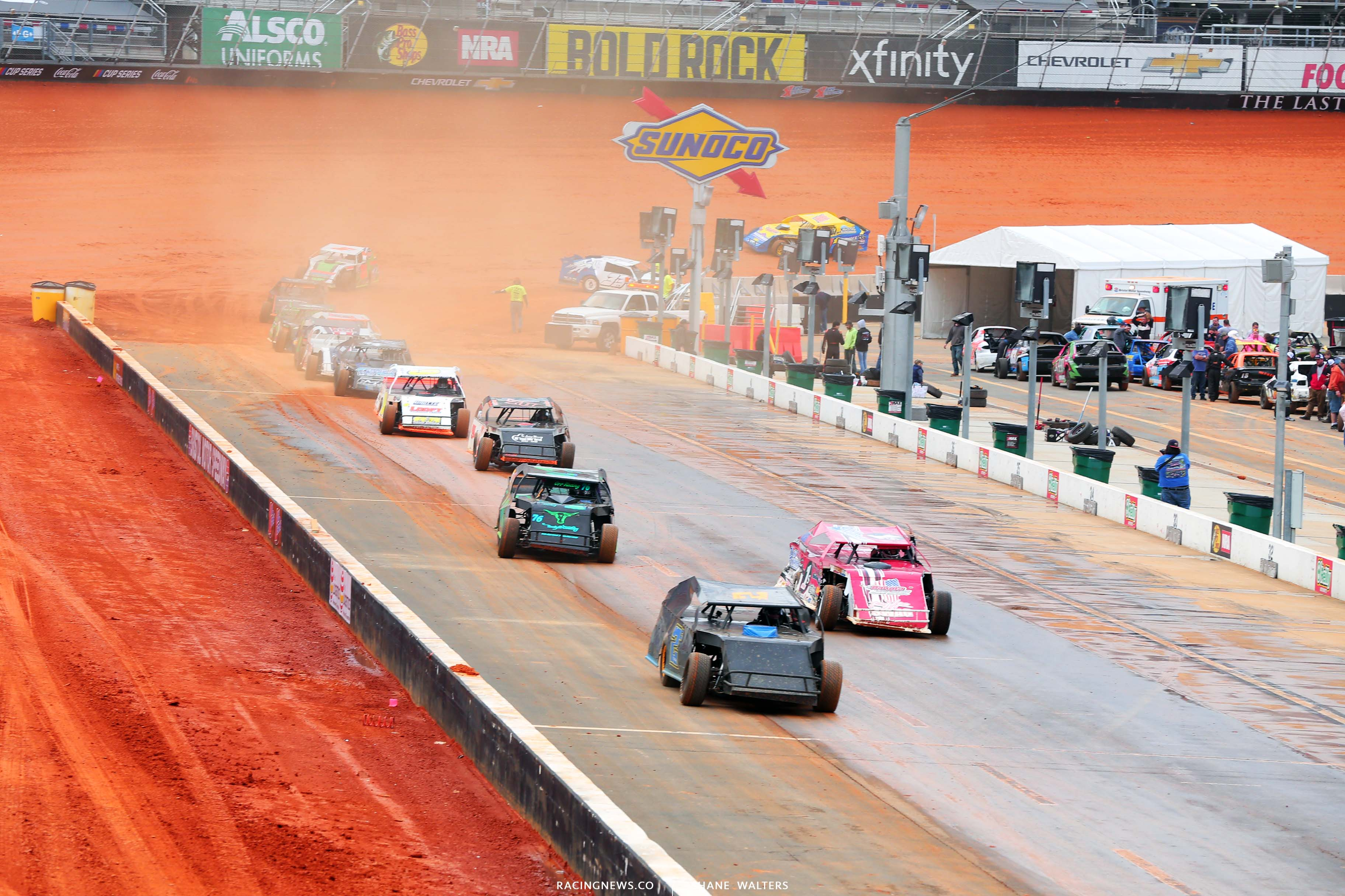 Dirt Modifieds - Dirt Track at Bristol Motor Speedway