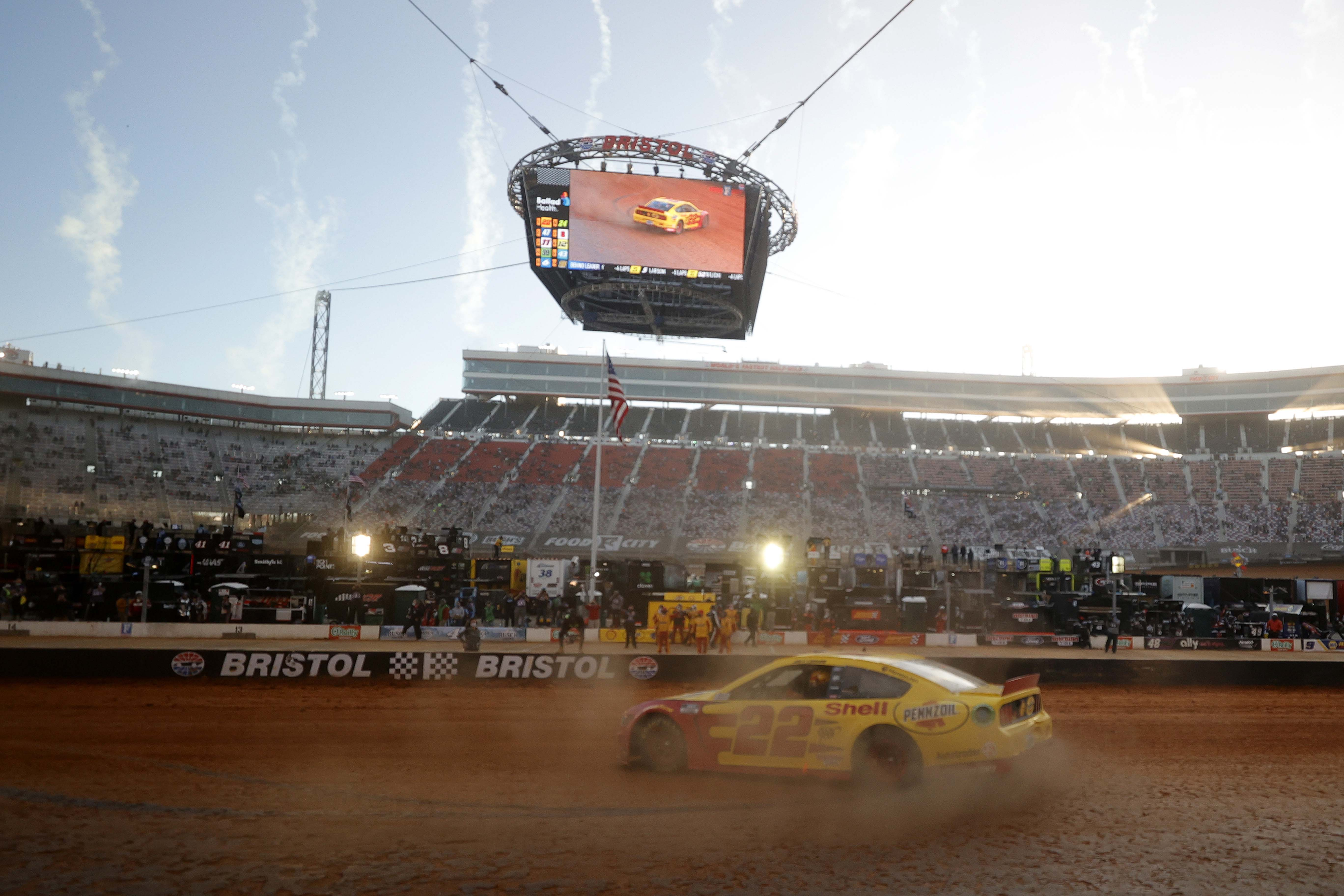 Joey Logano wins on the Bristol Dirt Track - NASCAR Cup Series