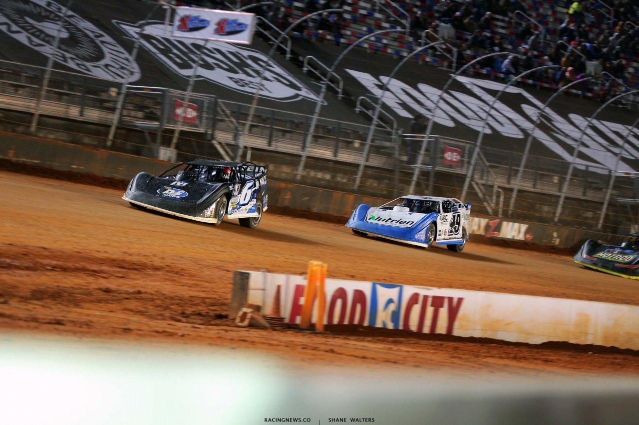 Kyle Larson and Jonathan Davenport at the Bristol Motor Speedway dirt track - Bristol Dirt Nationals 2473