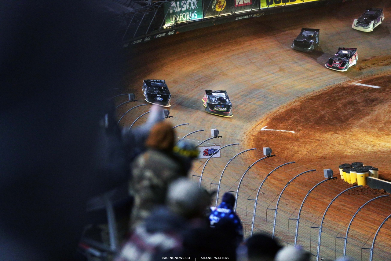 Kyle Larson and Scott Bloomquist - Bristol Motor Speedway Dirt Track - Dirt Late Models 2979