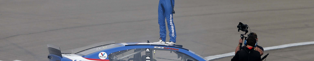 Kyle Larson notes dirt success led to NASCAR win in Vegas