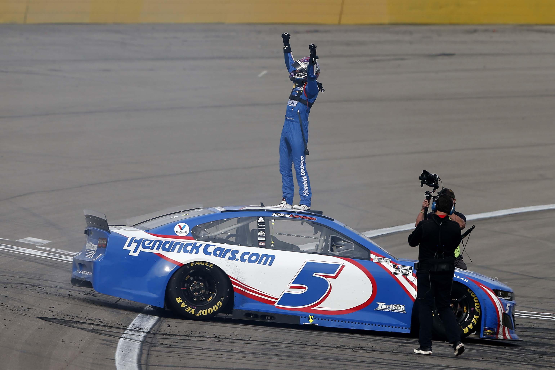 Kyle Larson wins at Las Vegas Motor Speedway - NASCAR Cup Series