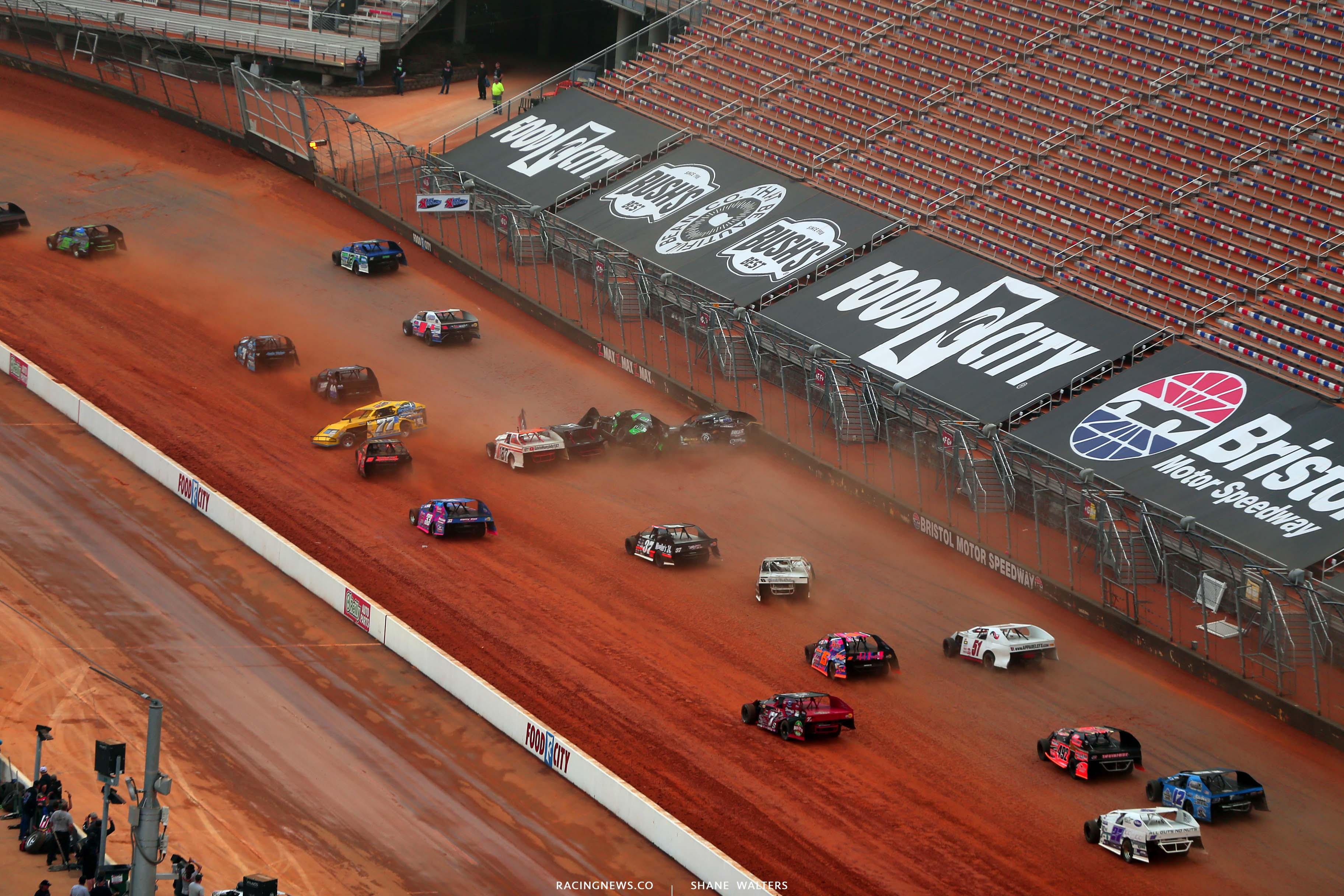 L - Dirt modified crash at Bristol Motor Speedway dirt track