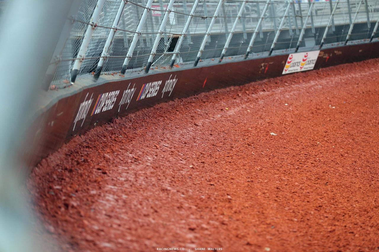 NASCAR - Bristol Dirt