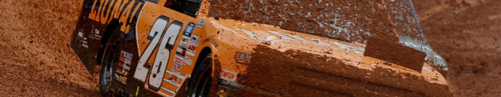 NASCAR Dirt Race: Dirty windshields halt race (Video)