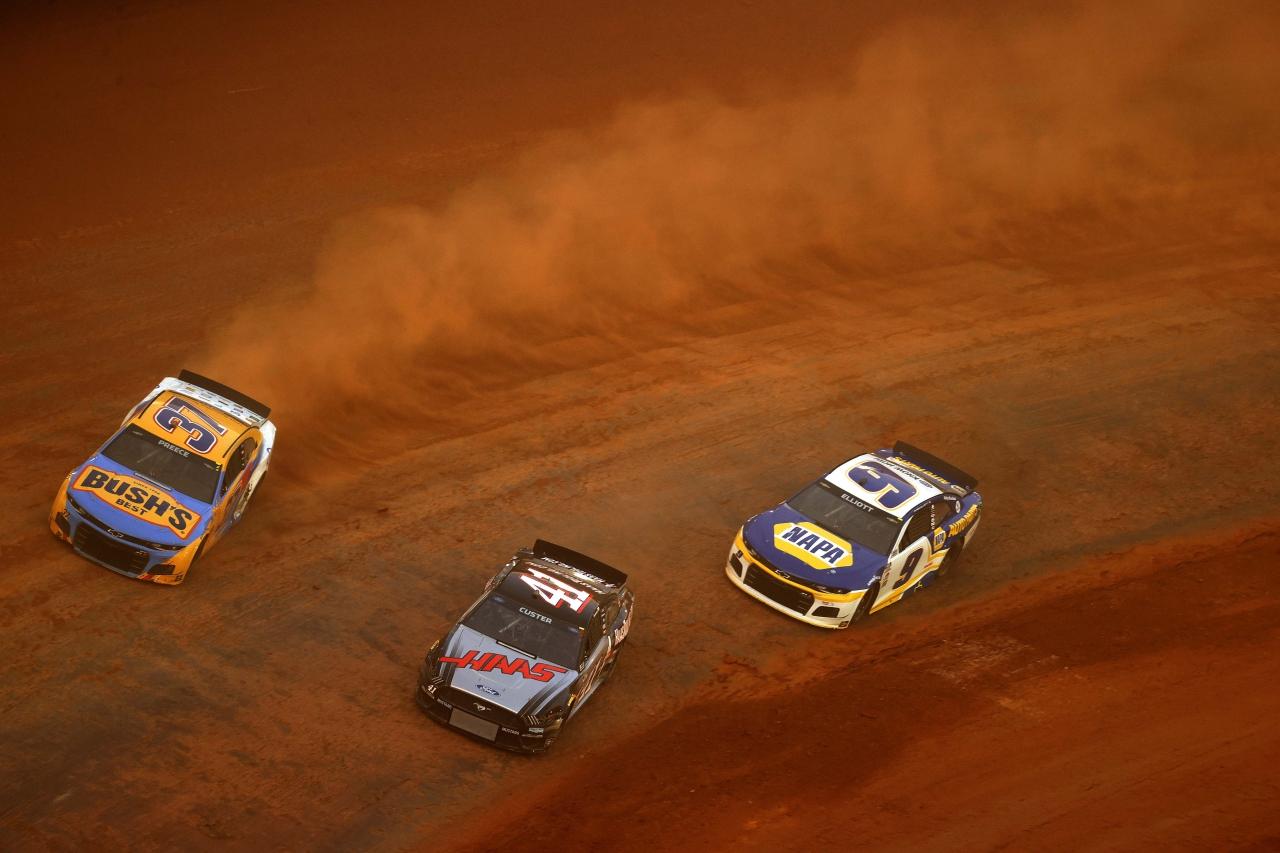Ryan Preece, Cole Custer, Chase Elliott - Bristol Dirt Track - NASCAR Cup Series