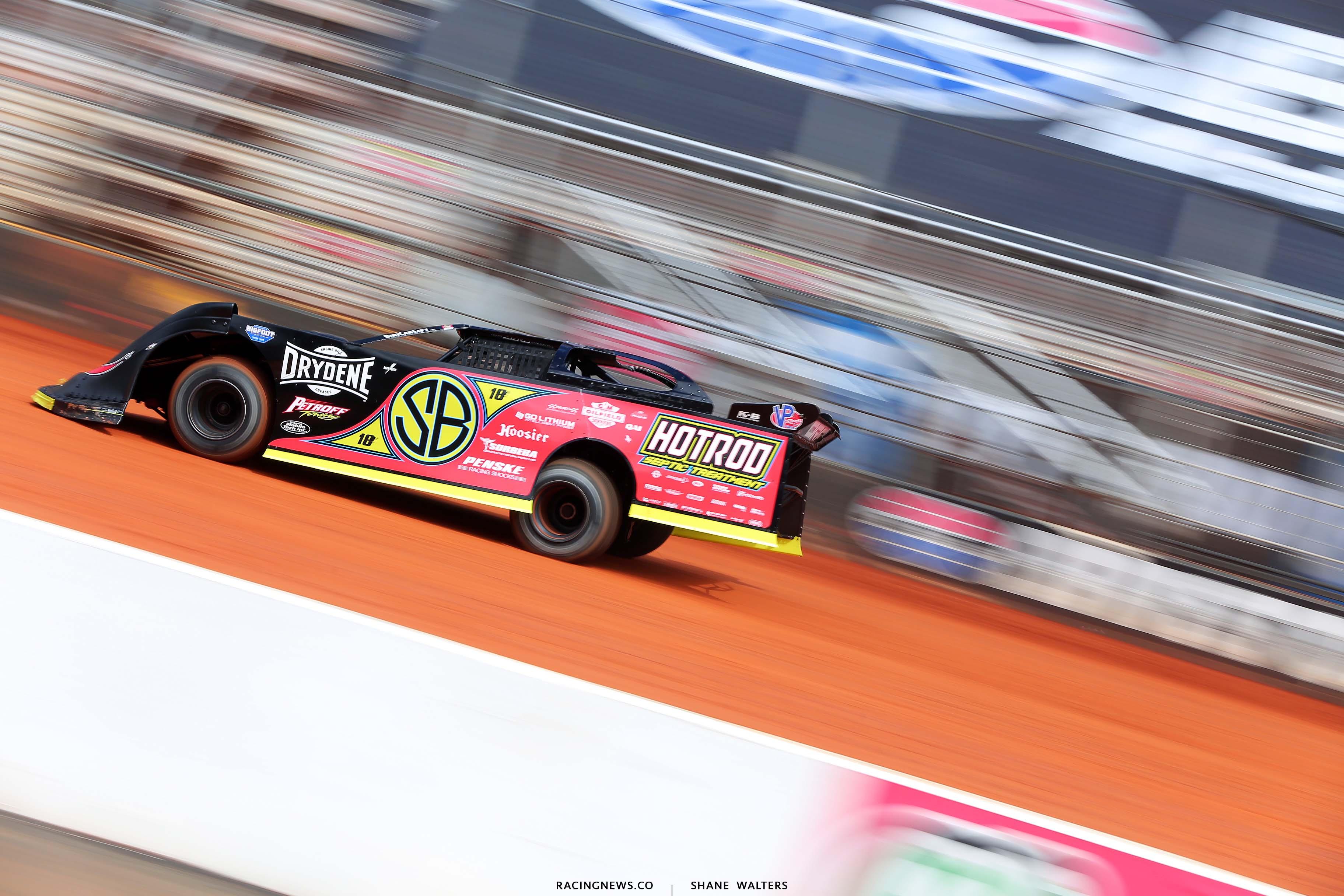 Scott Bloomquist at the Bristol Motor Speedway Dirt Track1485