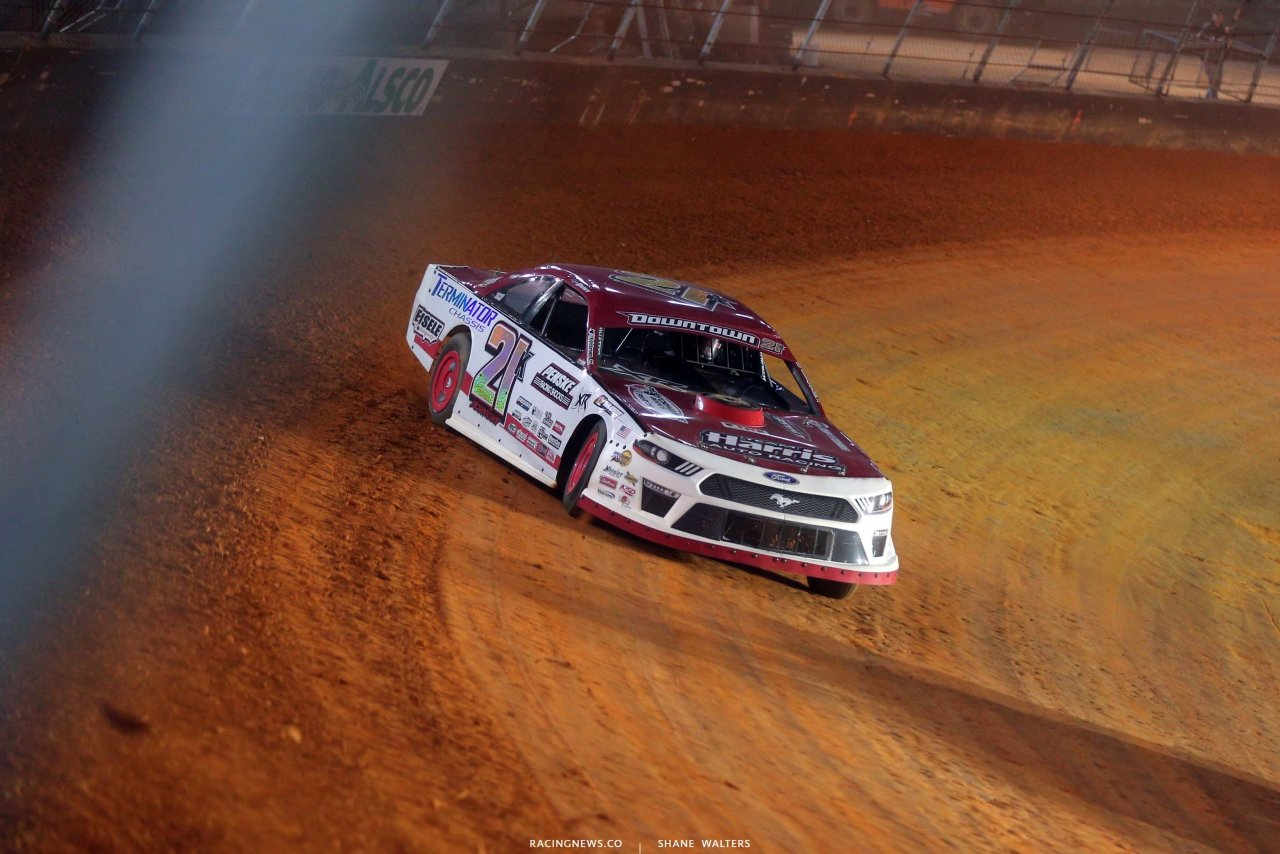 Stock Cars - Bristol Motor Speedway Dirt Track - Wood Brother Racing throwback