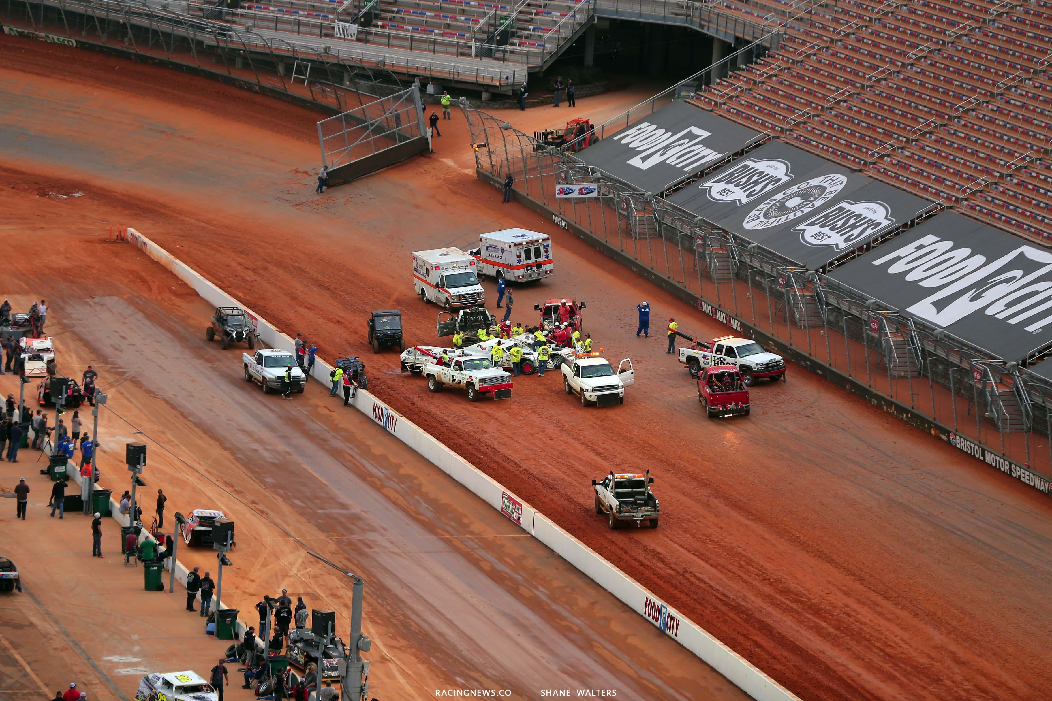 V - Dirt modified crash at Bristol Motor Speedway dirt track