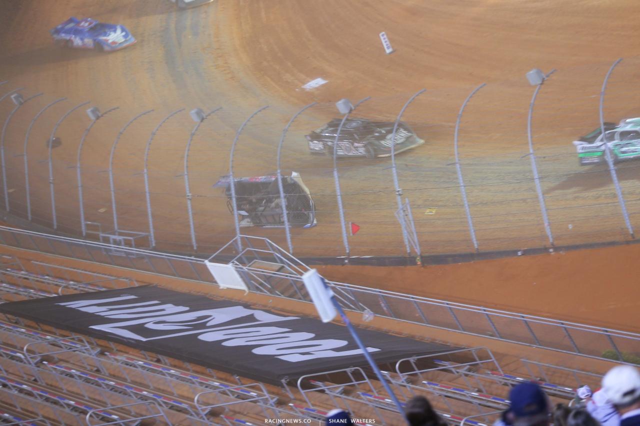 6 - Kyle Strickler crash - Bristol Motor Speedway Dirt Track 3750