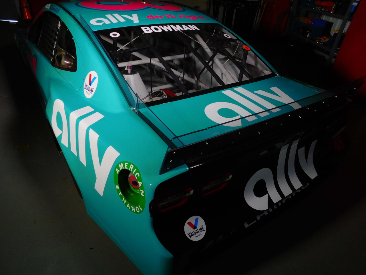 Alex Bowman throwback paint scheme - 2021 Darlington Raceway