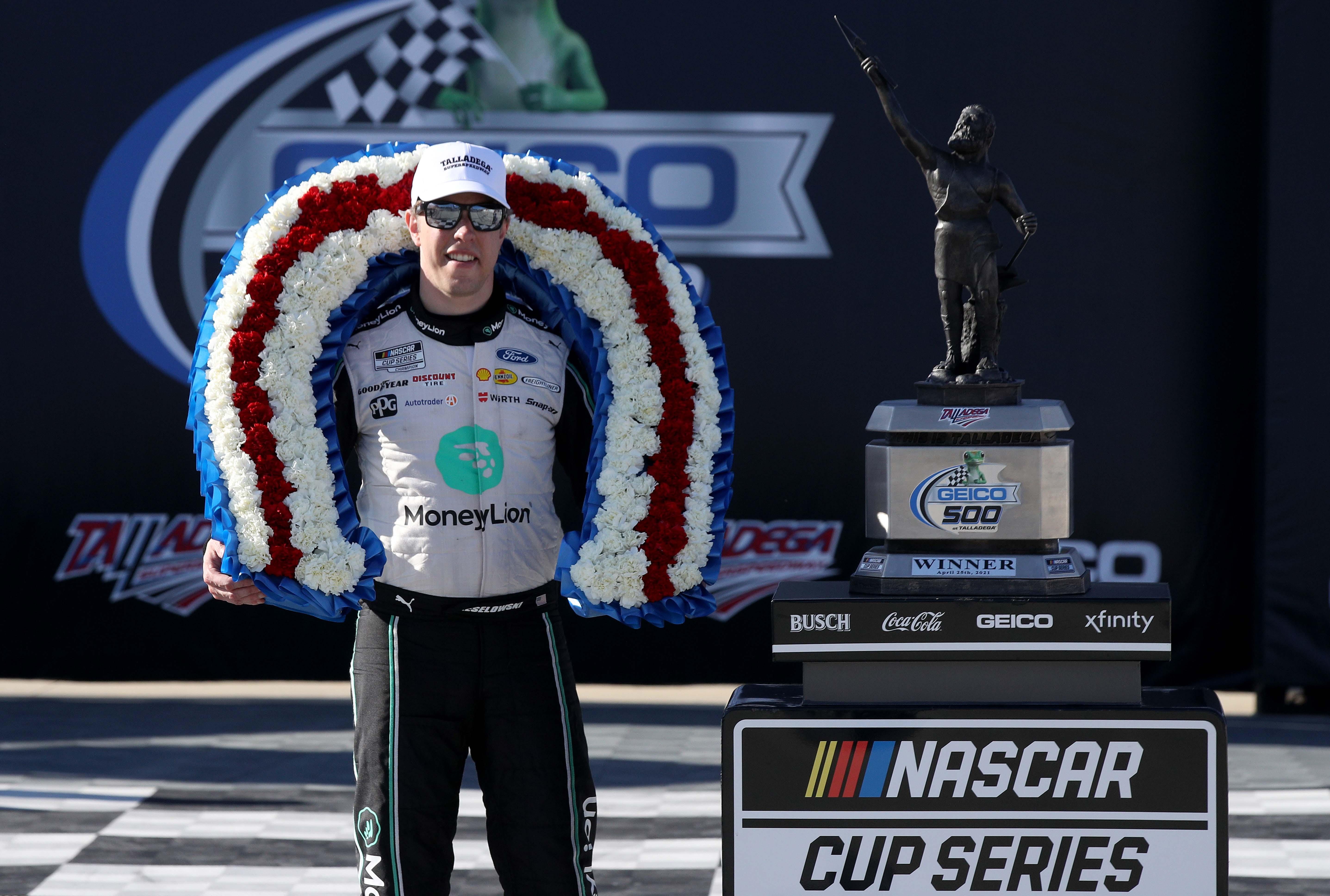 Brad Keselowski wins at Talladega Superspeedway - NASCAR Cup Series
