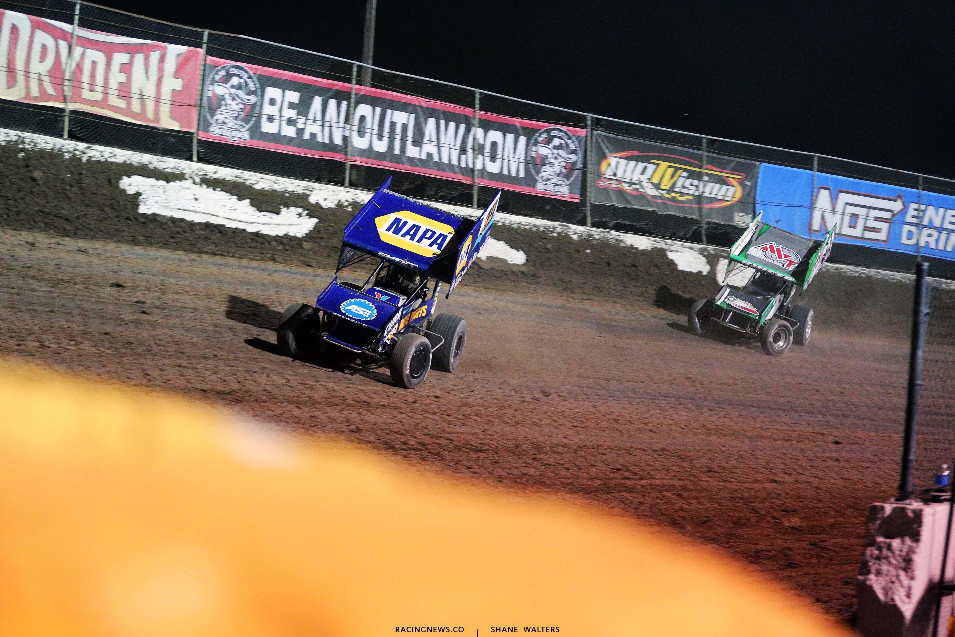 Brad Sweet and Kraig Kinser at I-55 Raceway - World of Outlaws 3227