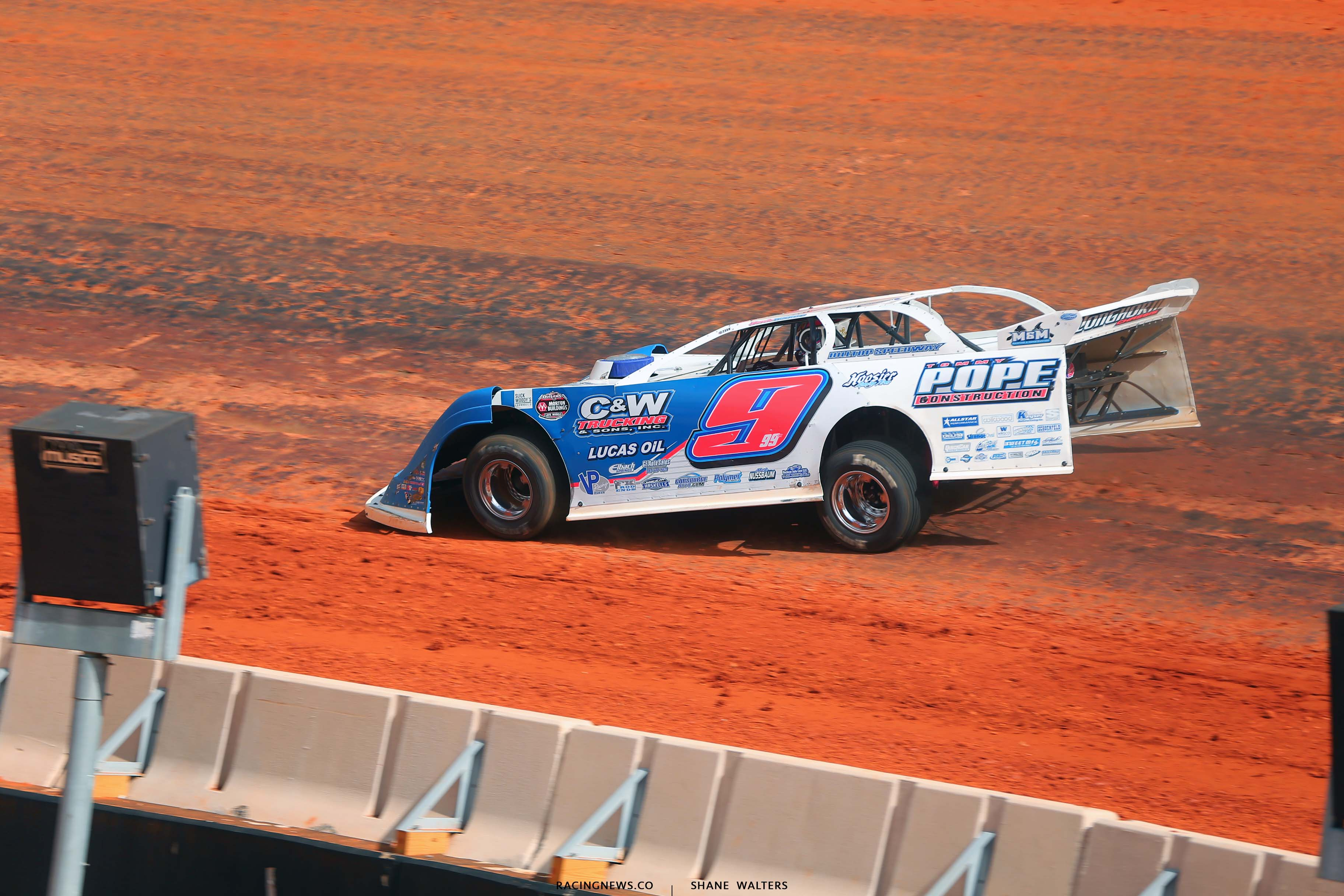 Devin Moran on the Bristol Motor Speedway Dirt Track - World of Outlaws Late Model Series 4471