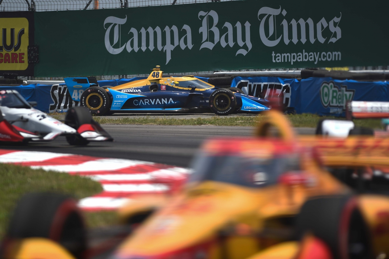 Jimmie Johnson crash - St Pete Grand Prix - Indycar Series